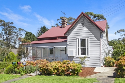 Period home on a large level block in an ideal location