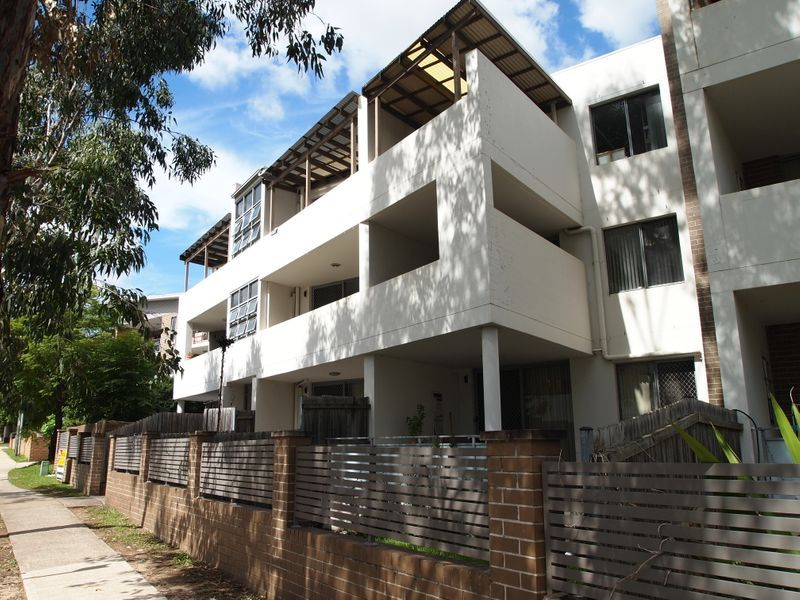 Unit 6/12-14 Darcy Road, Westmead