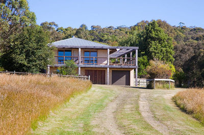 PRIVACY, PEACE, EXTRA ORDINARY VIEWS, SECLUSION, BACKS STRAIGHT ONTO THE NATIONAL PARK BEHIND LORNE... GET OUT OF MELBOURNE AND BREATHE