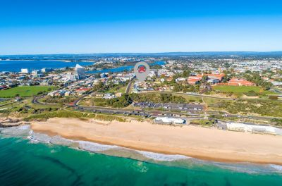 UNIQUE INVESTMENT – WALK TO THE BEACH LOCATION!