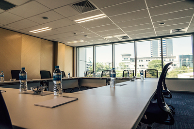 TRAINING ROOM, SERVICED OFFICES, LEVEL 1, HARBOURSIDE WEST TOWER (MAXIMUM CAPACITY 24 PERSONS, CLASSROOM SETUP)