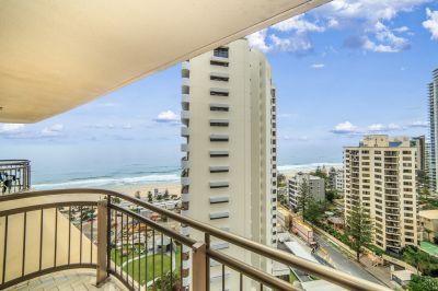 Beachfront Bargain! Returns $700 per week