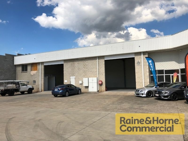 440sqm Industrial/Manufacturing Unit with Excellent Access
