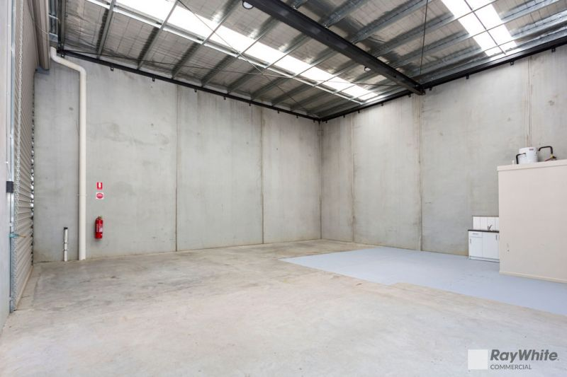 BRAND-NEW WAREHOUSE WITH POLE POSITION - MUST BE SOLD!