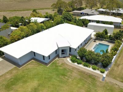 ENORMOUS BEACH-SIDE HOME on 1,624m2 + POOL & 4 BAY SHED!