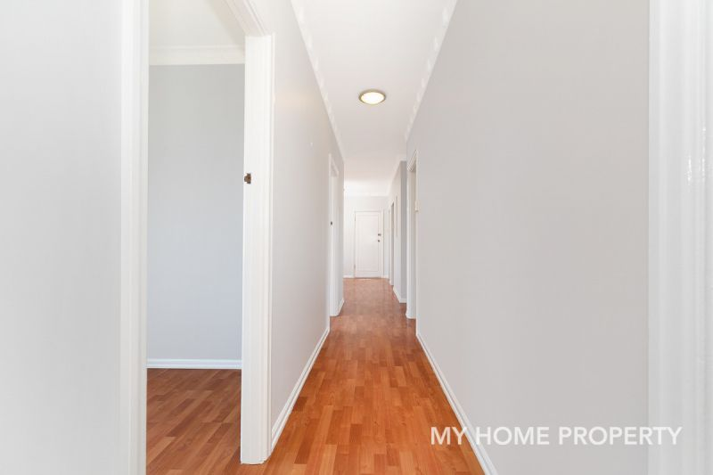 Hidden Gem Top Floor  4 Bedroom 123sqm Unit in The Heart of Clayfield. Same Day Inspections Available