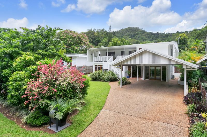 EVERYTHING YOU WANT AND MORE – STUNNING EDGEHILL LOCATION