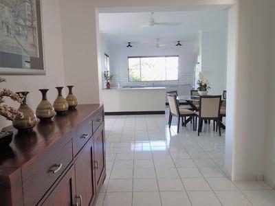 Darwin City 3 bedroom apartment for rent