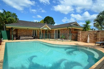 Surround Yourself with Tranquillity on a 600m2 Block!