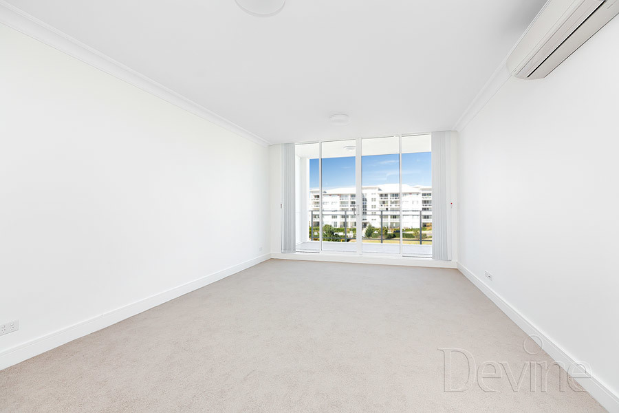 411/3 Palm Ave, Breakfast Point