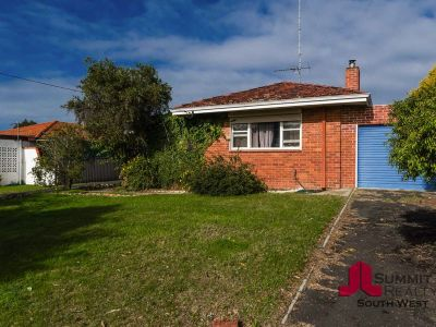 1,039M2 BLOCK WITH 3 BED HOME