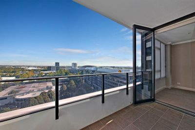 Ultimate lifestyle location with security parking + storage