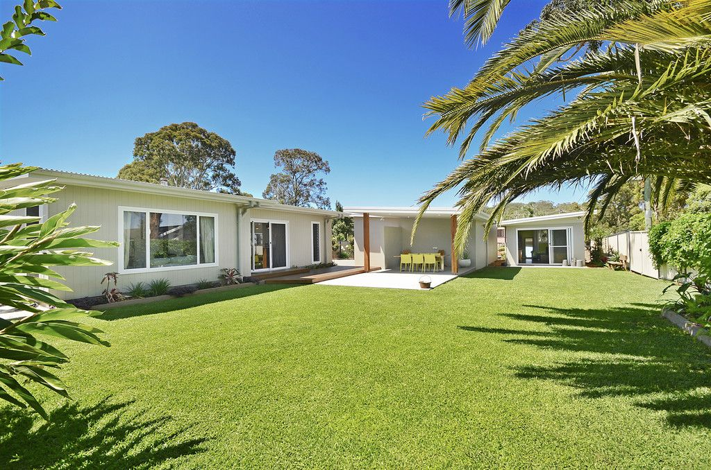 38 Mermaid Crescent, PORT MACQUARIE NSW 2444