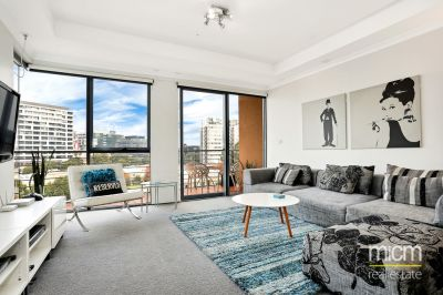 Rare and Renovated Southbank Royale Living