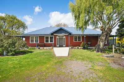 Lifestyle with an income 2.196ha  5.42 acres Coragulac (Colac) Area