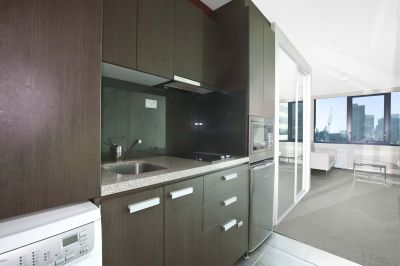 City Tempo, 12th floor - FULLY FURNISHED: In The Heart of Melbourne!
