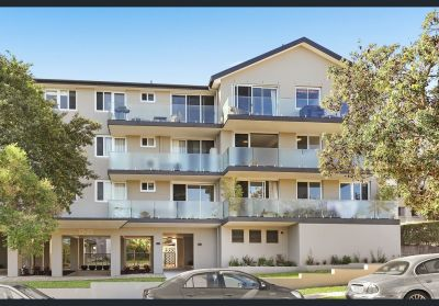 PRIME LOCATION CLOSE TO BONDI BEACH!