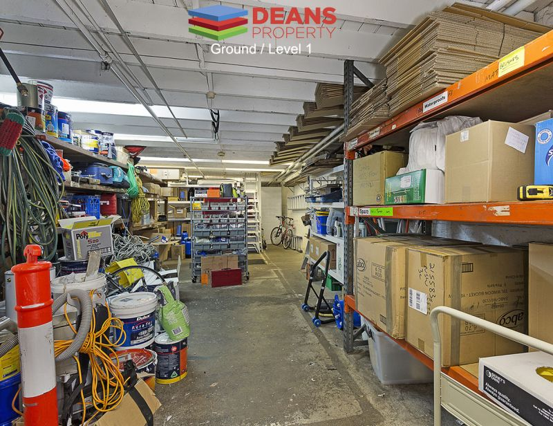 Warehouse Space - Ideal for Tradesman / Workshop