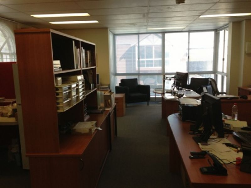 $400pw Office