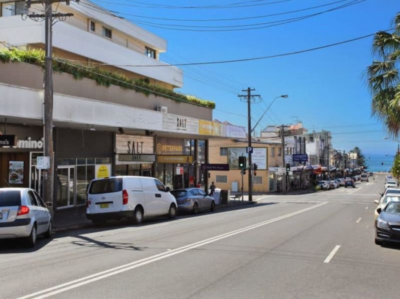 Fully Fitted Corner Restaurant Opportunity - Only $3200 per week