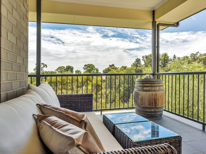 GAWLER EAST - Family Home with Fantastic Views