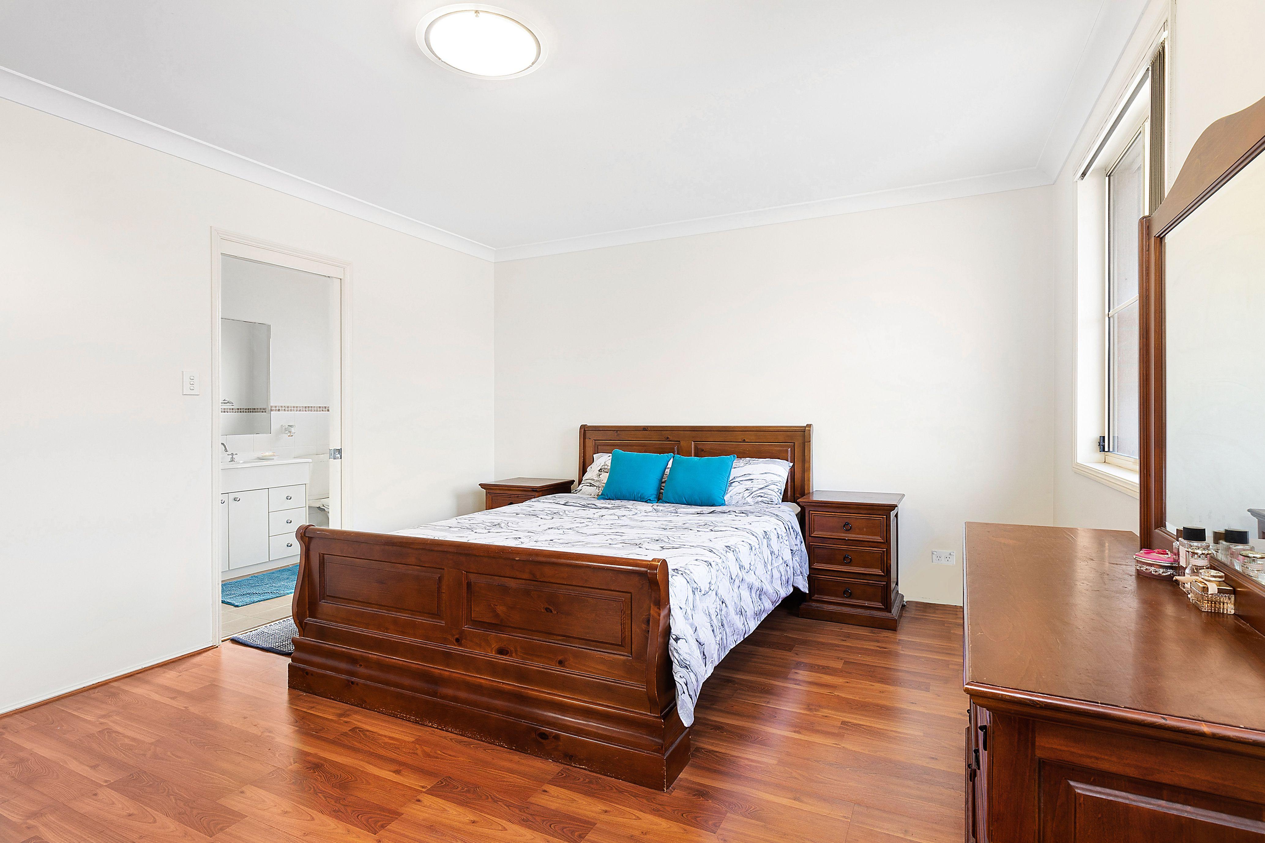 14 Walker Avenue, Peakhurst NSW 2210