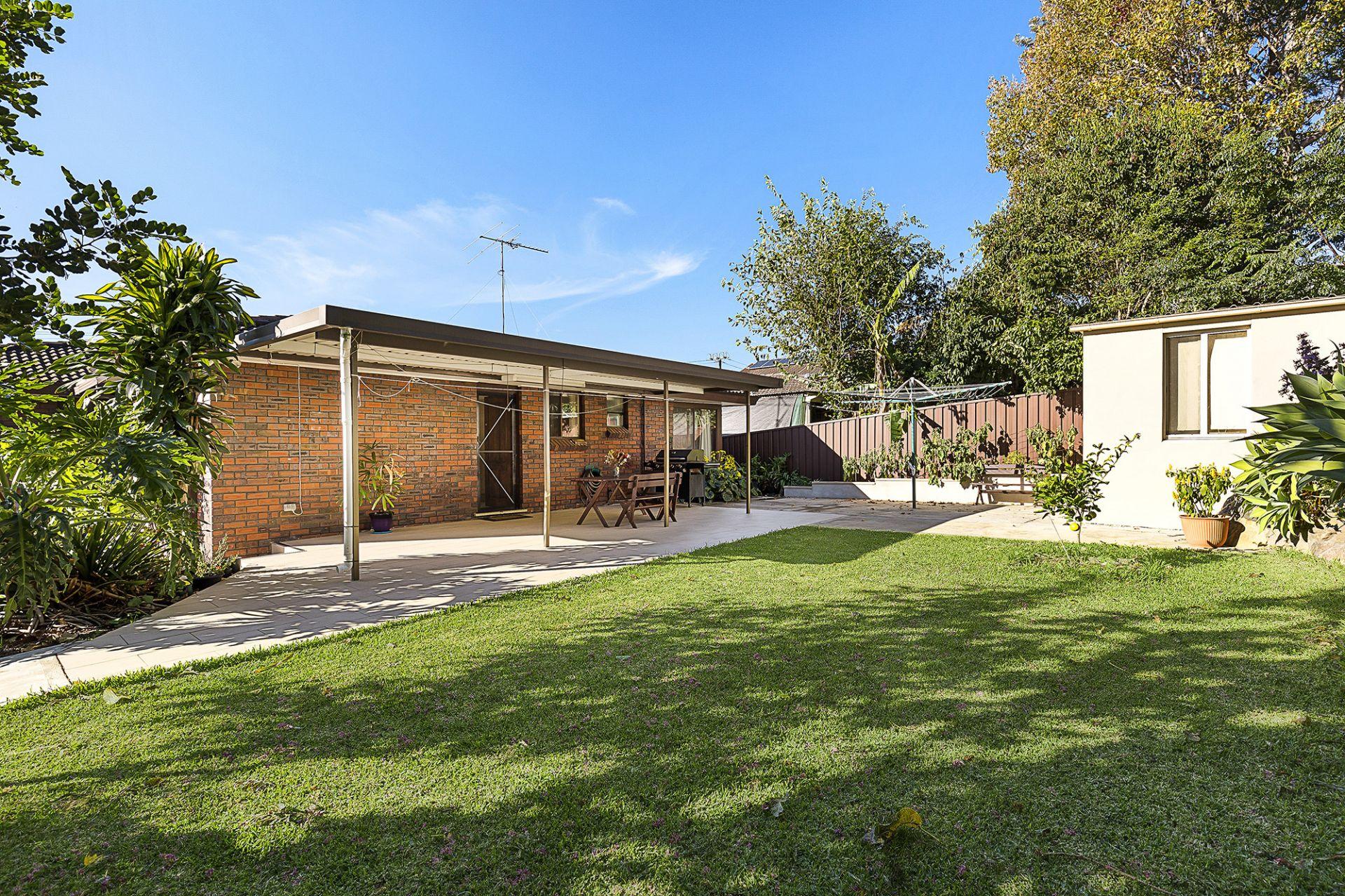 75 Caroline Chisholm Drive, Winston Hills NSW 2153
