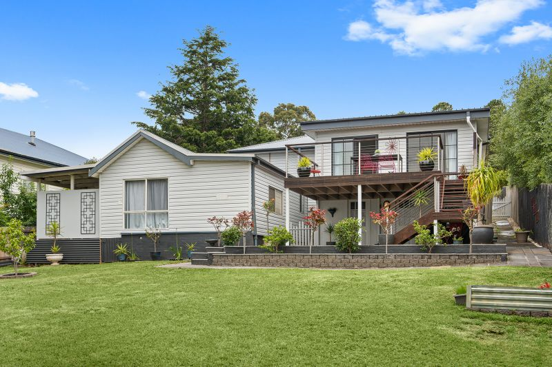 Beaut Home, Great location and a Granny Flat