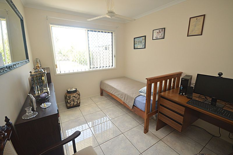 For Sale By Owner: 7 Pharlap Court, Point Vernon, QLD 4655