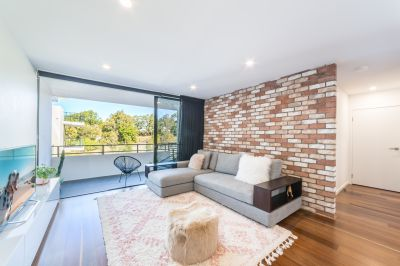 City Chic One Bedroom Unit with Potential 5% Returns