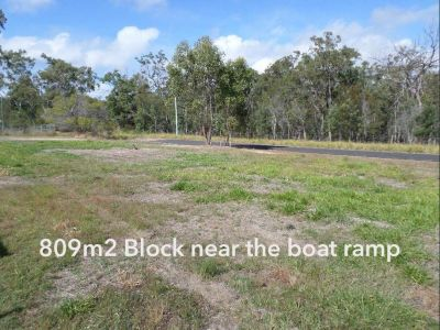 809m2 RESIDENTIAL BLOCK NEAR THE WATER!
