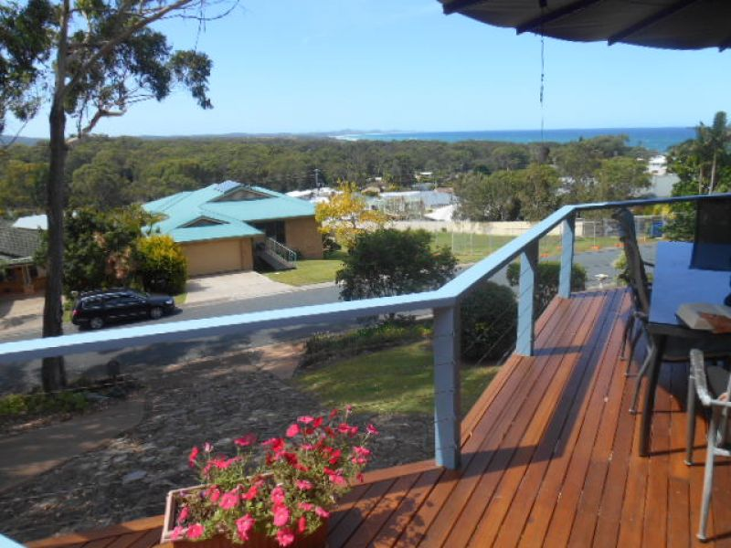 FULLY FURNISHED 3 BEDROOM HOME WITH POOL