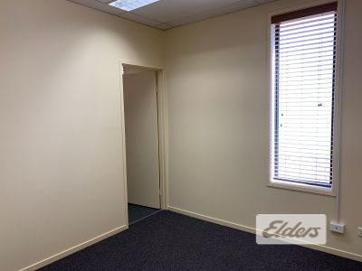 FIRST FLOOR OFFICE FRONTING LOGAN ROAD!