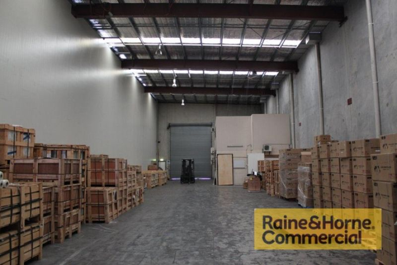 High Clearance Warehouse in Meadowbrook