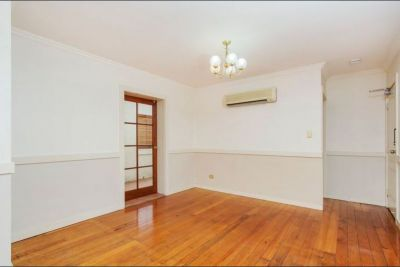 Unfurnised Two Bedroom Unit in Great Location
