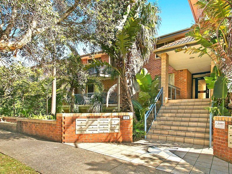 13/5-9 Marlene Crescent, Greenacre NSW 2190