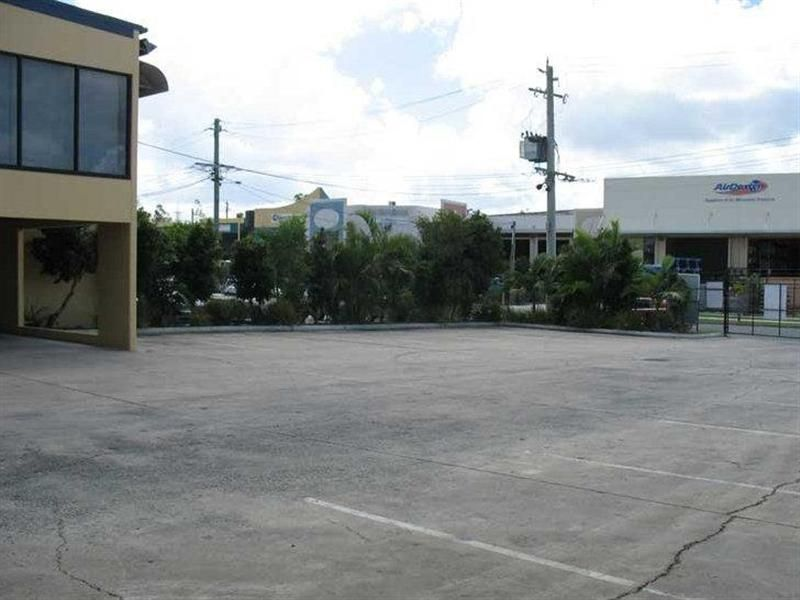 1,276SQM STAND ALONE OFFICE/WAREHOUSE