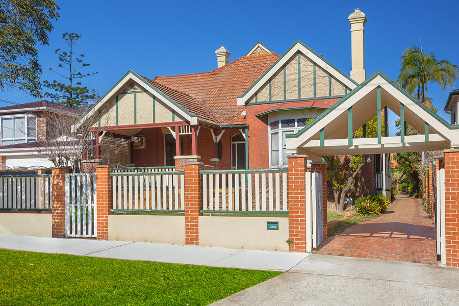 20 Carrington Avenue, Strathfield
