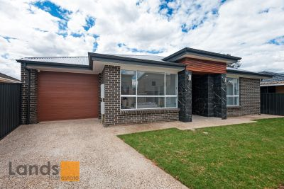 Stunning Brand New Residence with Quality Finishes!