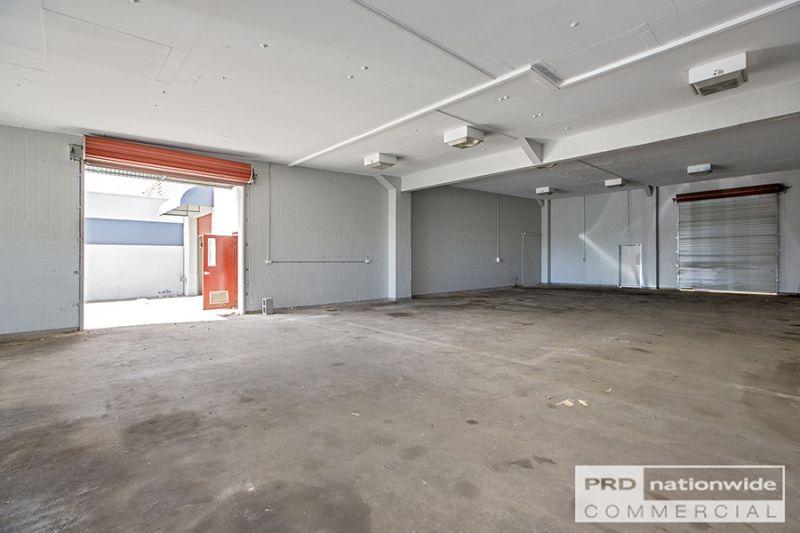 Ideal Position - Office & Warehousing