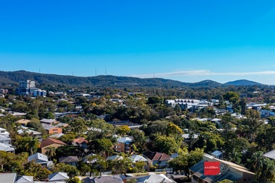 1012M2, ELEVATED POSITION 180 DEG VIEWS, 2 STREET FRONTAGE
