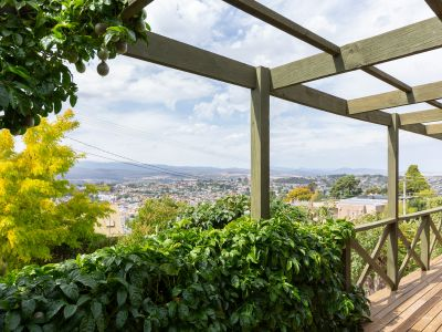 Character home  with  panoramic  views over Launceston