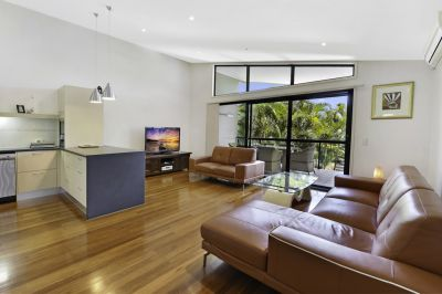 25 Squares* of luxury living in the heart of Runaway Bay