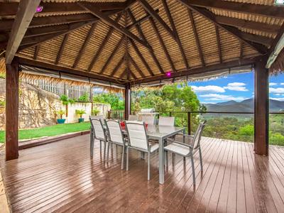 Luxurious single level spacious home