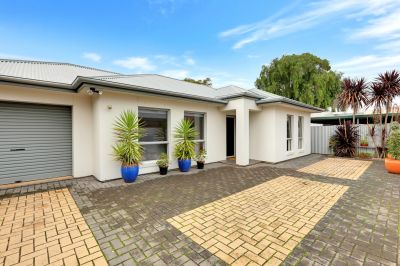Low Maintenance, Comfortable Living a Stone's Throw from the City