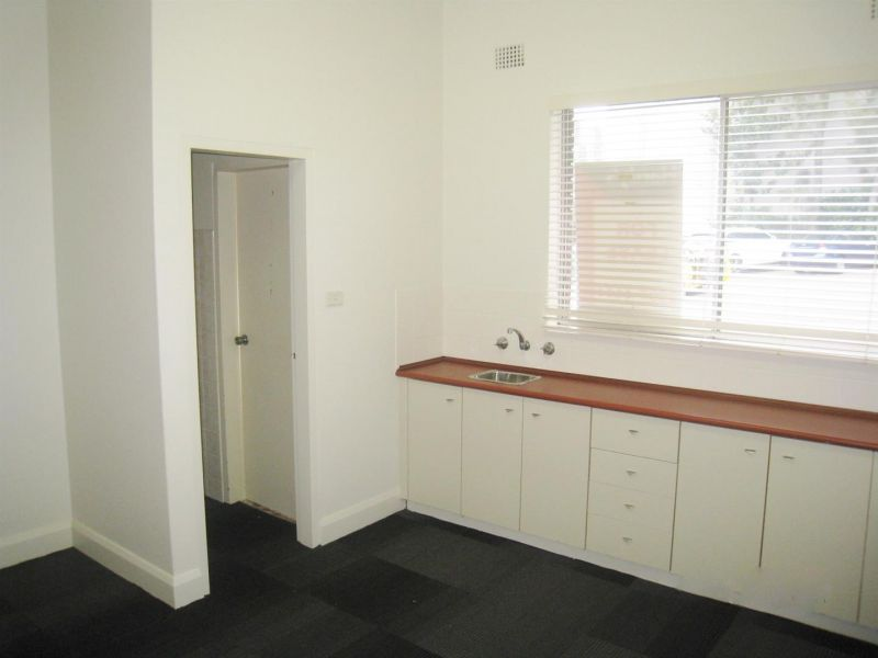 Renovated Centrally Located Space, In Central Location