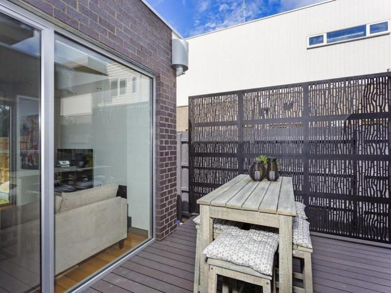 2/18 Dare Street, Ocean Grove VIC 3226