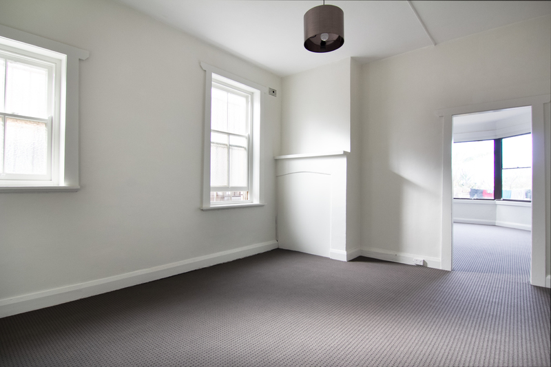Newly Renovated Apartment...Walk To Everything