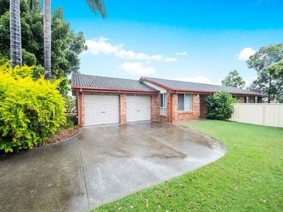 Raymond Terrace, 43 Cedarwood Crescent