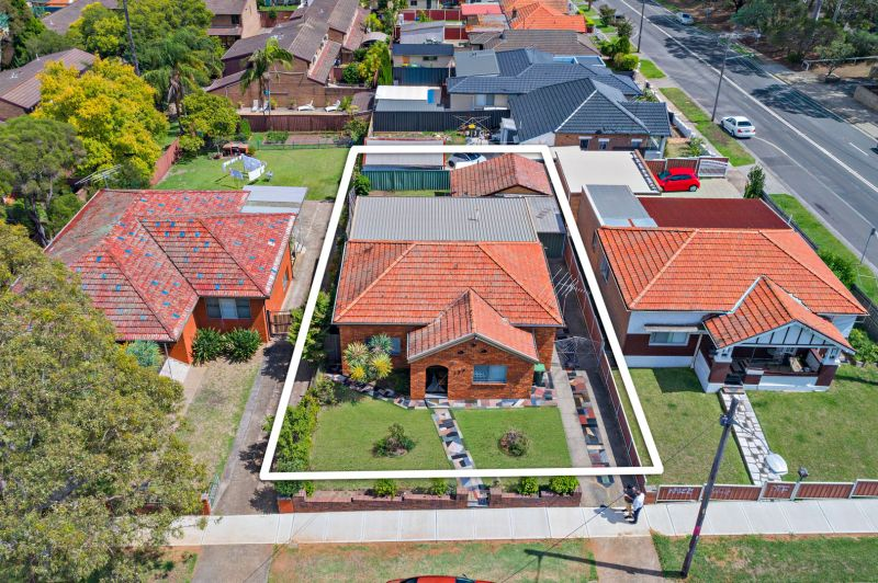 Full Brick Home in Ideal Location
